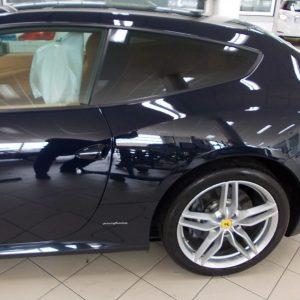 Ferrari Con Pellicole Oscuranti
